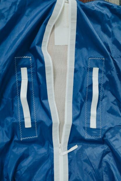 genoa bag zipper close up